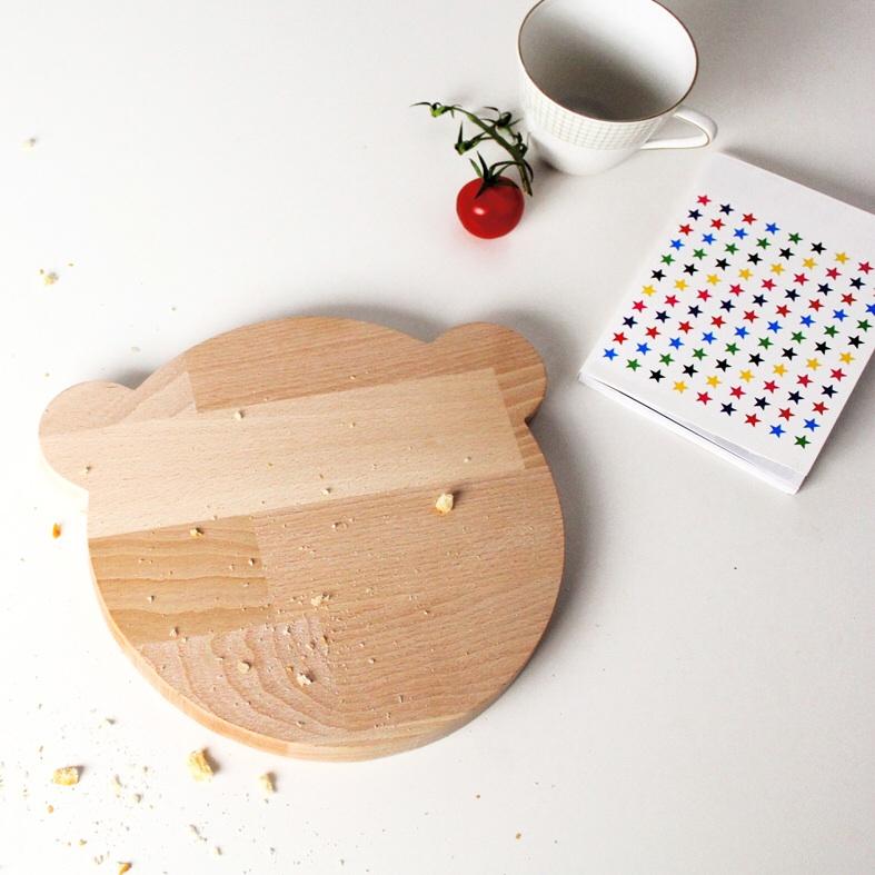 tabla de pan oso maow