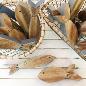 pez-madera-verano-artesanal-maow-design-shop