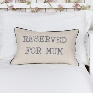 cojin-reserved-for mum-maow-design-shop