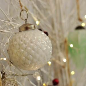 adorno-xmas-bola-cristal-blanco-M-maow-design-shop-2