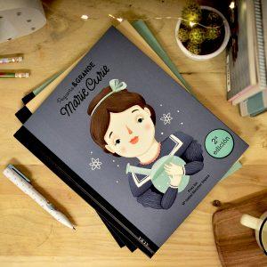 libro-pequeña-grande-marie-curie-maow-design-shop-low