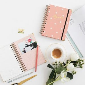 agenda-escolar-charuca-rosa-semana-M-maow-design-shop-2