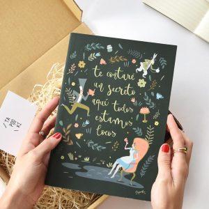 cuadernos-de-cuento-todos-estamos-locos-tapooki-maow-design-shop