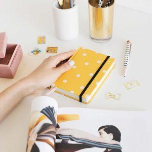agenda-charuca-semanal-2019-mini-amarilla-maow-design-shop-2